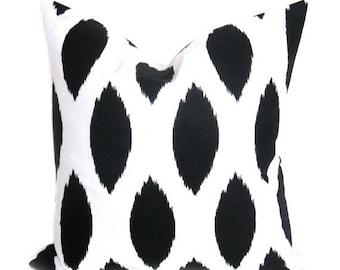 15% Off Sale Black pillow - pillows - Throw pillows - Throw pillow cover - Ikat pillow - Decorative Pillows - Black and white Decor - Black