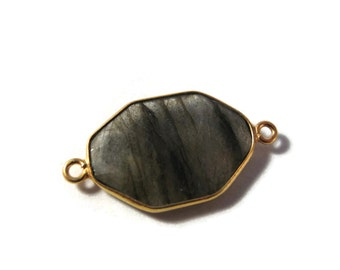 One Labradorite Charm with Gold Plated Bezel, 28mm x 15mm, Gorgeous Gemstone Pendant with Flash, Bezel Set Labradorite (C-Lab4b)
