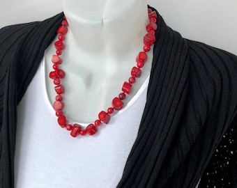 Red Coral Necklace, Red Necklace, Long Beaded Necklace, Natural Coral Jewelry, Red Jewelry, Boho Chic Necklace, Statement Jewelry, Red Coral
