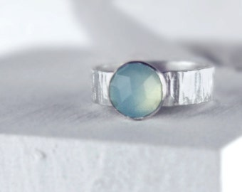 Aqua Chalcedony Stacking Ring, Faceted Gemstone Ring, Hammered Silver Ring, Stackable Wide Band Ring, 8mm Cabochon Ring