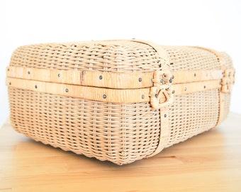 En osier valise • rotin tressé bagages • paille pique-nique panier • Shabby Chic chalet • pays Français Decor • organisation boîte de rangement
