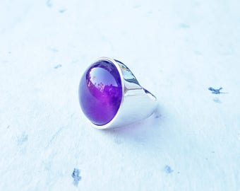Amethyst Ring, 925 Sterling Silver Ring, Purple Ring, Cabochon Ring Round Gemstone Ring Statement Ring Ultra Violet Ring February Birthstone