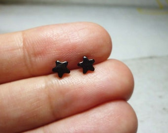 Tiny Black Star Stud Earrings, Dainty Star Earrings, Star Stud Earrings