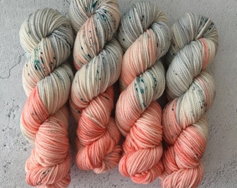 Rock salt, Aran (100g) 100% super wash hand dyed merino yarn.