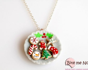 Christmas Assorted Biscuits Necklace, Christmas Miniature Cookies, Dollhouse Mini Food, Polymer Clay Cookies, Kawaii Jewelry, Charm