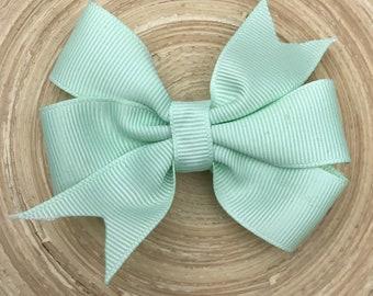 Mint green pinwheel bow