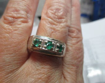 Mens sterling silver .65ct emerald fine handsome band