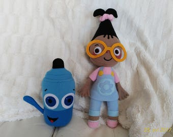 Plush toys just like Mona and Sketch - BabyTV