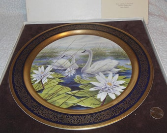 James Lockhart Pickard China Trumpeter Swan Wall Plaque Plate Wildlife Art Porcelain Beautiful