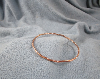 Multi Wave Pattern Solid Copper Wire Bangle Bracelet with Random Circular Hammered Texture