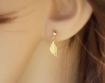 gold filled Leaf Stud Earrings / Tiny Leaf Studs / Cute Post Earrings / Single Earring / Delicate Jewelry / Leaves Minimalist Earrings