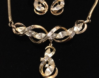 CROWN TRIFARI  Abstract Swirls Necklace and Earrings