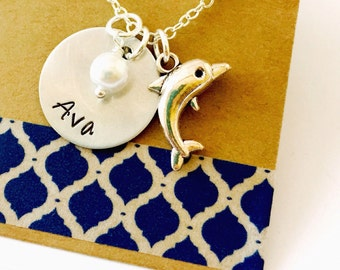 Dolphin Necklace, Dolphin Charm, Dolphin Name Necklace, Charm Necklace, Ocean Animals, Dolphin Gift, Personalized Name Necklace