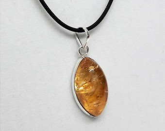 Beautiful pendant with citrine silver 925