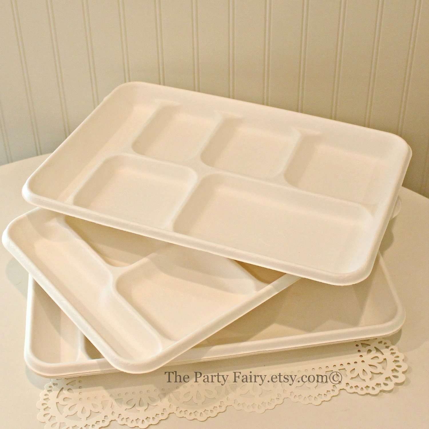 $11.95  sc 1 st  Etsy Studio & Food Trays 10 Disposable Food Trays Disposable Plates Cafeteria ...