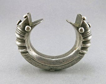 Antique Silver Cuff Bangle Ethnic Jewelry Silver Bangle Tribal Jewelry Afganistan Jewelry Central Asian Jewelry