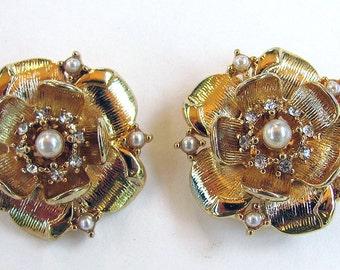 Rhinestone Pearl Flower Shoe Clips-1 pair