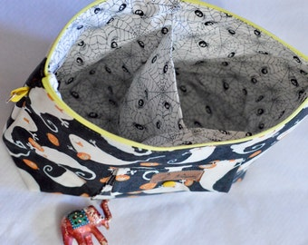 Made to order - Divided interior Project Bag for colourwork or two at a time socks - Large project bag, project pouch
