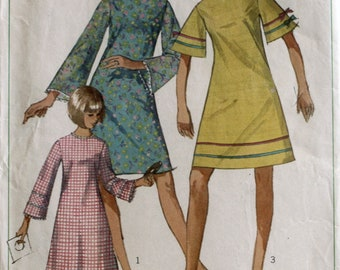 Junior Dress Sewing Pattern - 1960's Dress Sewing Pattern - Vintage Dress Sewing Pattern - Simplicity 6982 - Size 12