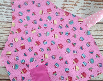 Apron, Painting Smock- Girl, Toddler Girl - Pretend Play, Dress Up - Pink Cupcakes