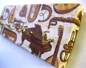 "Key Rack Jewelry Hanger Gold  Instrumental Music Brass Woodwinds Violin Piano Musical Sheet Music Trumpet Trombone Saxophone ""Instruments"""
