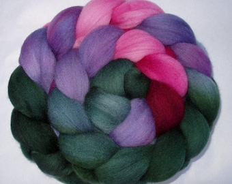 Merino wool roving, spinning fiber, hand dyed roving, 21 micron, needle felting wool, green, pink, purple, 3.5oz, 100g, 100% wool