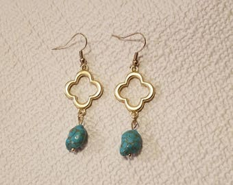 Simple Dangle Earrings