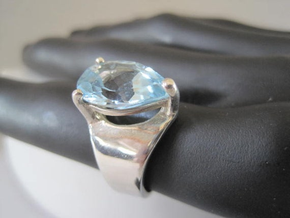 Sterling Blue Ring, Crystal Faceted, Aquamarine Color, Size 7