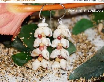 Momi & Kahelelani shell earrings from Niihau #235