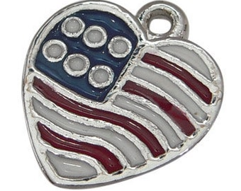 4 Silver Metal Enamel United States HEART FLAG CHARMS or Pendants che0176