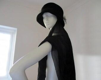 Vintage French Ladies Hat, Black Hat, Mourning Hat, Hat With Veil, Womans Hat, French Clothing, Film Prop, Shop Decor, Original Vintage Hat