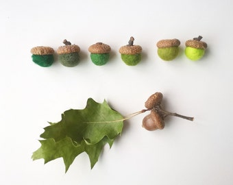 Felt acorns, felt balls acorn caps, 8 wool felt mixing balls, mix and match, fall colors felt balls, Thanksgiving fall decorations