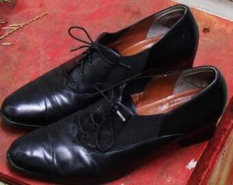 Vintage OXFORD PUMP, Easy Spirit Shoes, Leather, Black, classic