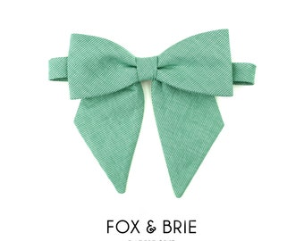 Emerald Lady Bow Tie