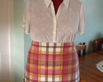 SALE..Half apron..fully lined