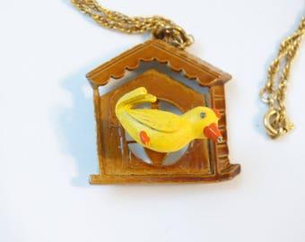 Novelty Bird Birdhouse Trembler Pendant Necklace