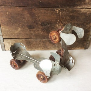 Rusty & Crusty Pair of Decorative Metal UNION Childrens/Youth/Kids  Adjustable 1950s Vintage Roller Skates, Old Industrial Shoes Wheels