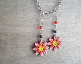 Handmade red flower earrings, silver, nature, floral ear jewelry, valentines day gift for her, girlfriend gift, jewellery, birthday, pearls