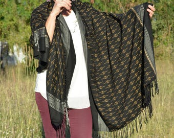 Black Shawl, Handwoven Shawl, Handwoven Wrap, Handwoven Scarf, Shawl, Scarf, Wrap, Weaving, Ikat pattern fabric
