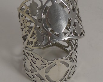 Beautiful Pair Antique English Sterling Silver Napkin Rings
