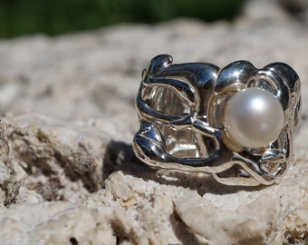 Organic Band // Wide Band // Pearl Ring // Chunky Ring // Sterling Silver Pearl Statement Ring