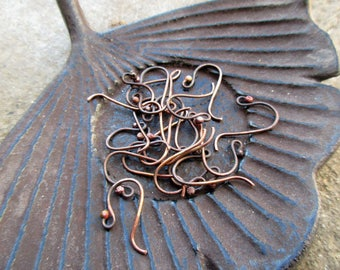 To order - 10 pairs of hooks in antique patina oxidized forged copper 0.9 mm-6 days preparation time