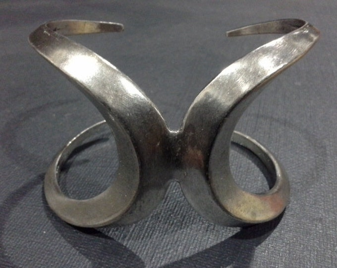 Low Luv by Erin Wasson Oxidised Silver Plated Metal Double Crescent Moon Cuff Bangle