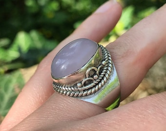 Free Shipping - Vintage Sterling Silver Rose Quartz Ring, UK Size J, US Size 5 1/4, Healing Crystals and Stones