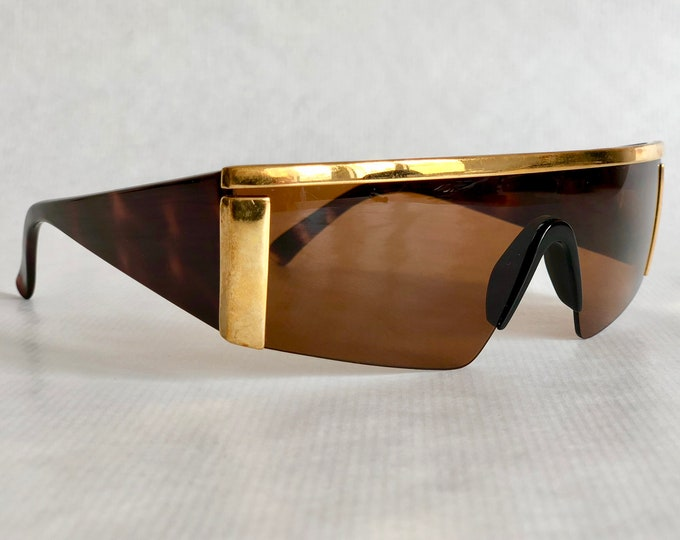 Gianni Versace S98 Col 900 Vintage Sunglasses New Old Stock including Case
