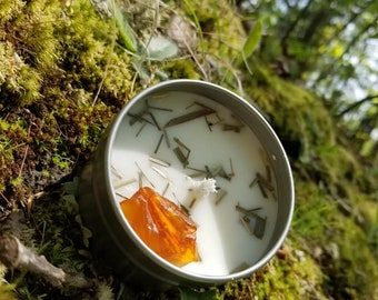 Oakmoss and Amber scented herbal soy candle