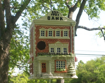 Cookie Jar Bird House