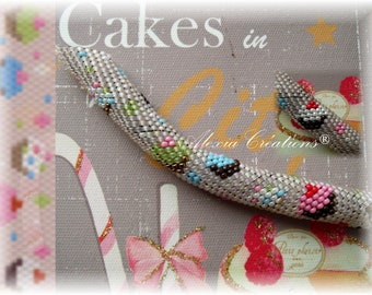 Cupcakes pattern, 11/0 seed beads,  Peyote with a twist - not crochet