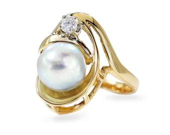 Natural Pearl Diamond Ring, 14kt Yellow Gold Pearl Ring, Handmade by Gevani