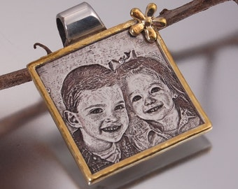 Golden Frame Engrave Photo Portrait - Picture Jewelry